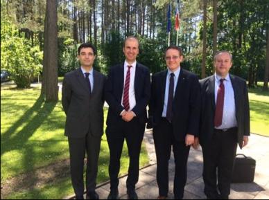 Avec l'Ambassadeur de France en Lituanie, Philippe Jeantaud et Bertrand Jacob qui m'a aidé à organiser ce déplacement.